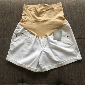 NWT maternity cuffed white jean shorts by a:glow